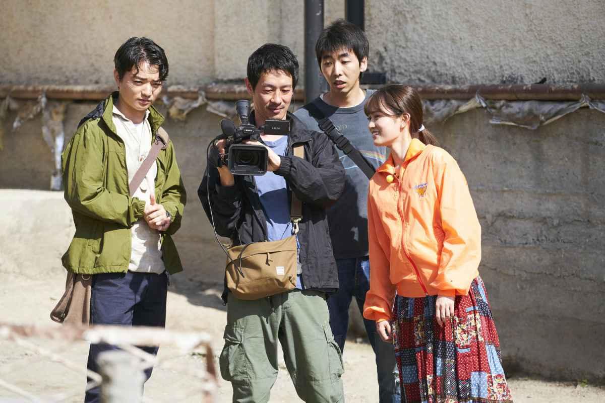 在世界盡頭開始旅行 電影劇照