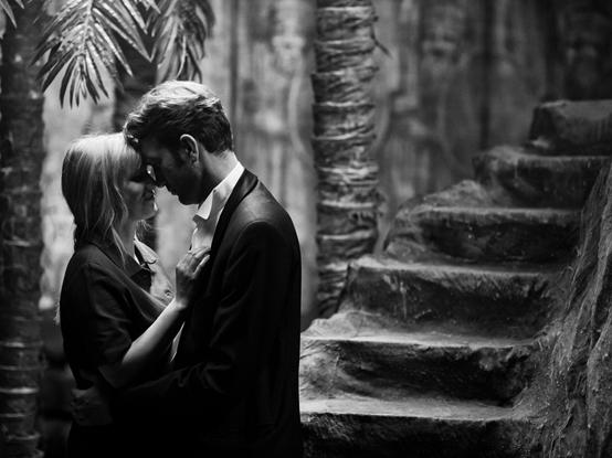 【有雷影評】《沒有煙硝的愛情》黑白中隱藏著時代的豐富色彩